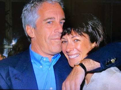 Desecretata la falsa testimonianza della Maxwell su Epstein