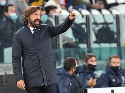 Pirlo sperimenta ma la Juventus non vince: è lui l'uomo in meno di oggi