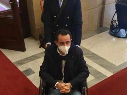 Fa sciopero della fame, deputato FdI ha malore nel bagno della Camera