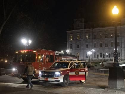 Halloween di terrore e morte a Quebec City: travestito da samurai uccide due passanti