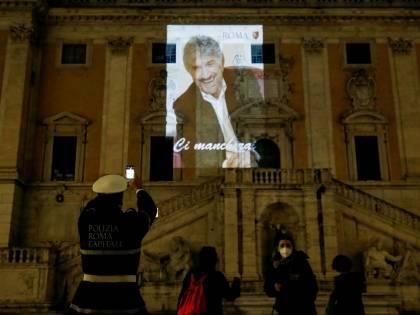 Addio caro Gigi. Roma e l'Italia perdono un Re del teatro