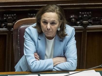 """La Lamorgese vuole il pugno duro: """"Sanzioni severe per chi sgarra"""""""