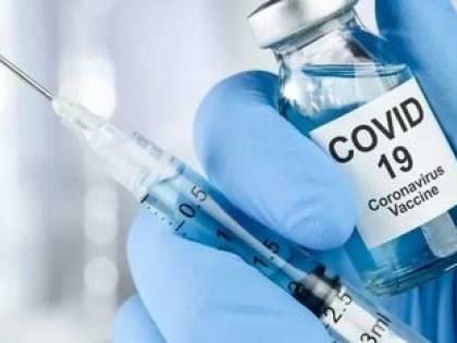 """Vaccini Covid, rissa sui contratti: """"Chi risponderà degli effetti collaterali?"""""""