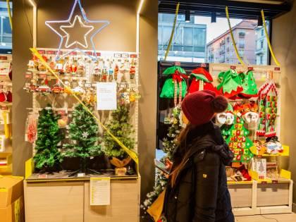 A Natale l'Italia avrà solo due colori. Feste in dieci, viaggi per i residenti