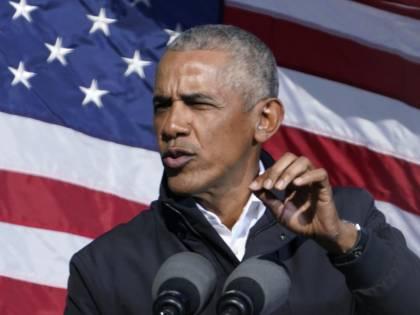 """Il presidente """"fantasma"""" Obama ospite da Fazio"""