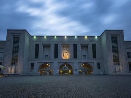 Ospedale Niguarda di Milano: Immagini della Resistenza al COVID