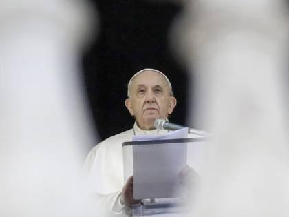 """""""Cosa accade se il Papa si ammala"""": la voce che gira in Vaticano"""
