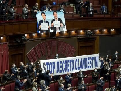 """La Lega """"invade"""" il Senato Bloccate le commissioni sui """"decreti Sicurezza"""""""