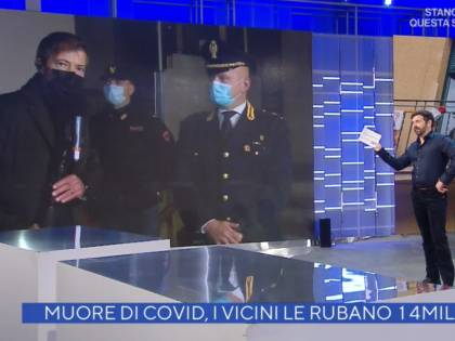 """La gaffe di Alberto Matano: """"Come sta Luciana?"""". Ma lei è morta"""