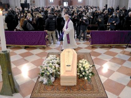 Lo sfregio a Paolo Rossi: svaligiata la sua casa durante i funerali