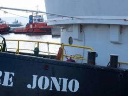Mare Jonio, ecco il bonifico: 125mila euro per i migranti