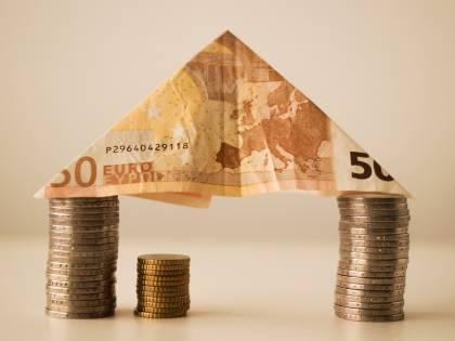 1200 euro ai proprietari di casa: chi li può avere e come