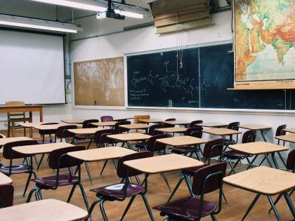 Dal 7 gennaio in classe 140mila studenti. Vigili a presidiare scuole