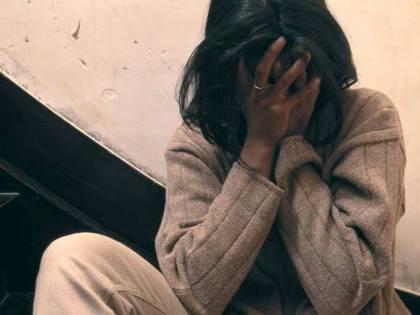 India, uomo perde scommessa e obbliga la moglie a farsi stuprare dagli amici
