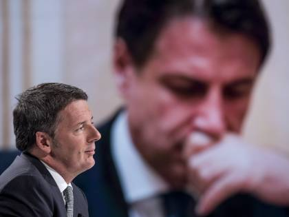 """Renzi dice """"Ciao"""" a Conte: pronto a tutto su Mes e 007"""
