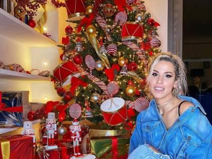 Gli alberi di Natale dei vip tra lusso e tradizione