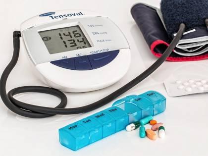 Pressione sanguigna, la misurazione da entrambe le braccia può salvare la vita