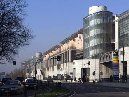 Fondazione Fiera dona al Policlinico i beni acquistati per l'ospedale realizzato al Portello