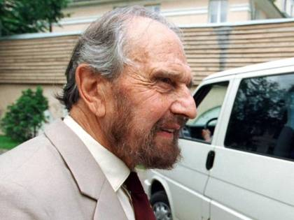 Morto (quasi centenario) George Blake. L0 007 inglese che spiava per Mosca