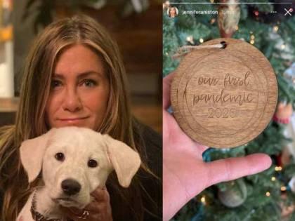 Un addobbo di Natale in ricordo del Covid. E Jennifer Aniston viene massacrata