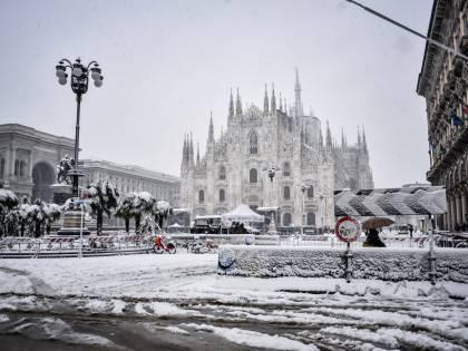 Neve a Milano, tre cani folgorati da scariche elettriche