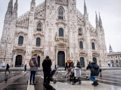Morti Covid e fuga da Milano, 14mila residenti in meno