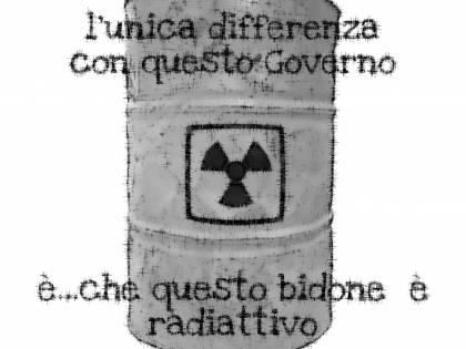 La vignetta del giorno: bidoni di governo e bidoni radioattivi