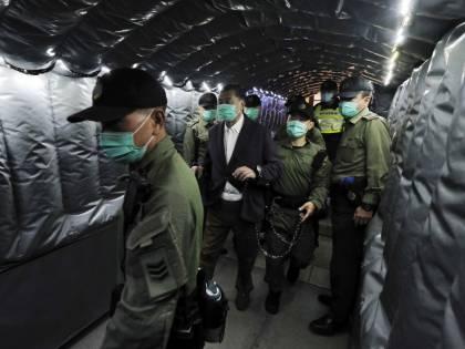"L'ultima retata a Hong Kong. Incarcerati 53 ""attivisti"""