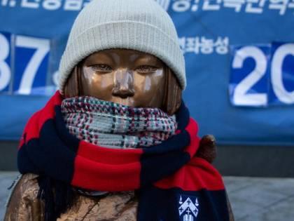 """""""Risarcite le schiave del sesso"""". E Seul dichiara guerra a Tokyo"""