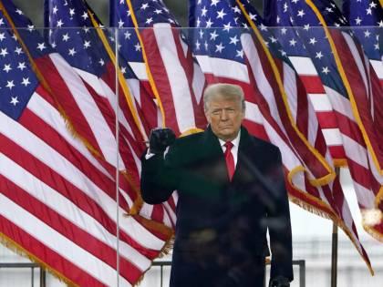 """La vendetta Dem diventa ossessione. """"Impeachment ora ok tra 100 giorni"""""""