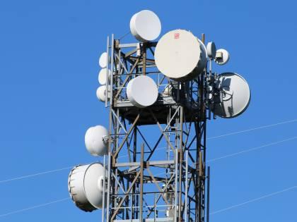 """Nella gara della rete in fibra si rafforza l'opzione """"Fwa"""""""