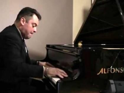 Il dramma di Adriano, jazzista fattorino. Ucciso dalla crisi senza mai arrendersi