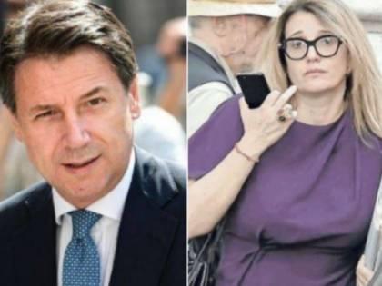 """L'ex moglie di Conte:  """"Lo incoraggio in privato"""" Poi la stoccata contro Renzi"""
