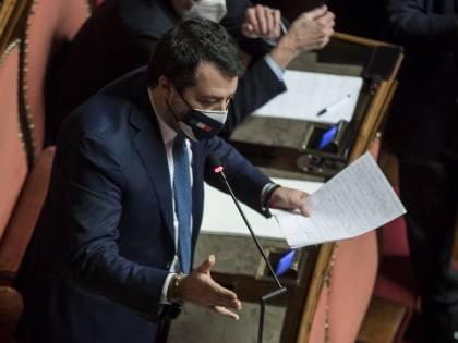 Salvini cita Grillo sui senatori a vita: scoppia la bagarre al Senato