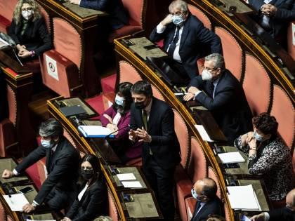Renzi pretende tre ministeri. I nomi per un nuovo esecutivo