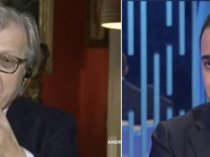 """Vergata di Sgarbi a Di Maio: """"Contro l'ignoranza non c'è un vaccino. Governo di buzzurri"""""""
