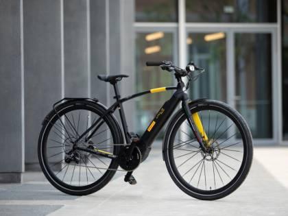 CYCL-e around: e-bike Pirelli per aziende e hotel