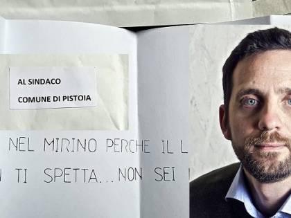 Minacce e una lama in una busta spedita al sindaco di Pistoia