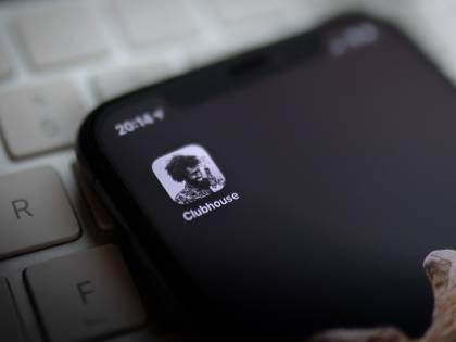 Clubhouse: è caccia all'invito, ma quanti dubbi sulla privacy