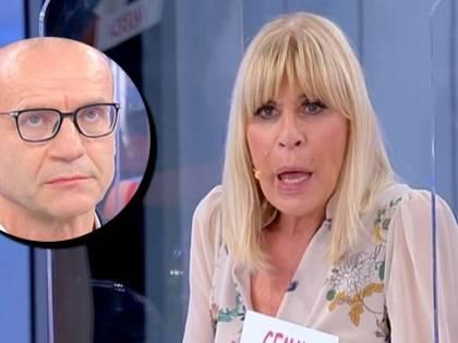 """Sms hot tra Maurizio e Gemma. La dama sbotta: """"Come ti permetti"""""""