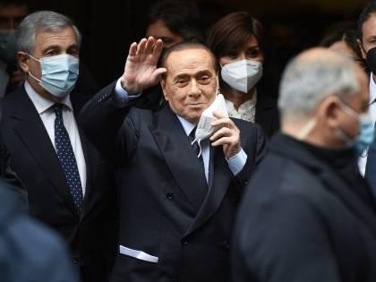 """L'impegno di Berlusconi. """"Scongiurare il lockdown e subito i risarcimenti"""""""
