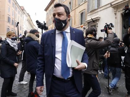 """I migranti e la sicurezza Salvini va al Viminale """"Assumere più agenti"""""""