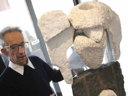 """Dalla sua casa-museo Giancarlo Sangregorio """"scolpiva"""" riflessioni su arte e poesia"""
