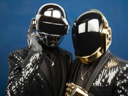 I Daft Punk si sciolgono con un video (un po' choc)