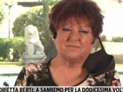 """Disavventura a Sanremo per Orietta Berti: """"Alle 22.05 mi hanno inseguita tre macchine della polizia"""""""