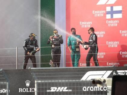 F1, lo spumante batte lo champagne