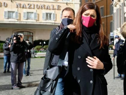 """Ultima crociata di Boldrini&Co.: """"Cambiare donna nella Treccani"""""""