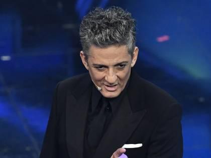 """Sanremo, Fiorello punge il successore di Amadeus: """"Auguro la platea piena di pubblico ma deve andare male"""""""