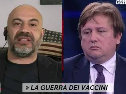 """Incapaci"", ""Perché parli?"". Rissa in tv tra Paragone e Sileri"