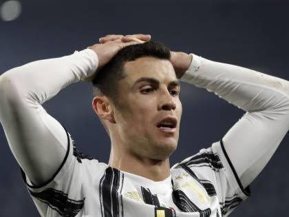 """Gli insulti choc dello speaker: """"Ladri italiani, maiale Ronaldo..."""""""